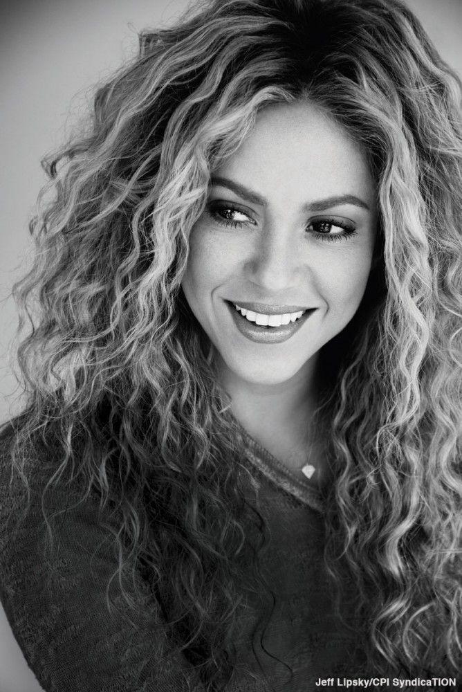 mequetrefismos-tipo-cacho-2B-Shakira