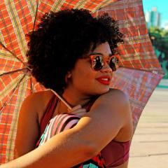 mequetrefismo-laura-divando-cabelo-crespo-feminismo-e-identidade