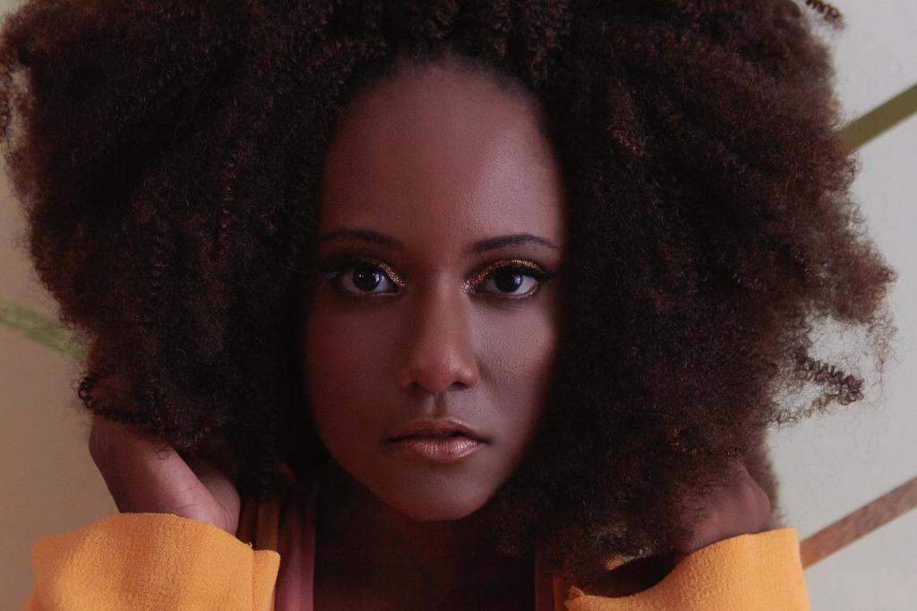3-mequetrefismos-luiza-brasil-afro-disco-diva-shooting copy